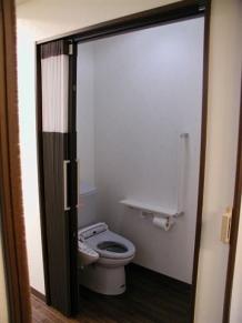 16トイレ(後)